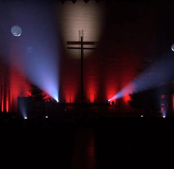 zu lieben theaterstück Licht